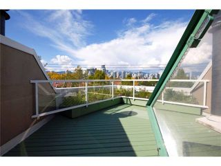 """Photo 2: 2227 OAK Street in Vancouver: Fairview VW Townhouse for sale in """"THE SIXTH ESTATE"""" (Vancouver West)  : MLS®# V849884"""