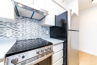 """Photo 2: 1304 3455 ASCOT Place in Vancouver: Collingwood VE Condo for sale in """"Queens Court"""" (Vancouver East)  : MLS®# R2608470"""