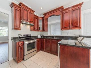 Photo 3: 5440 OAKLAND Street in Burnaby: Forest Glen BS 1/2 Duplex for sale (Burnaby South)  : MLS®# R2181211