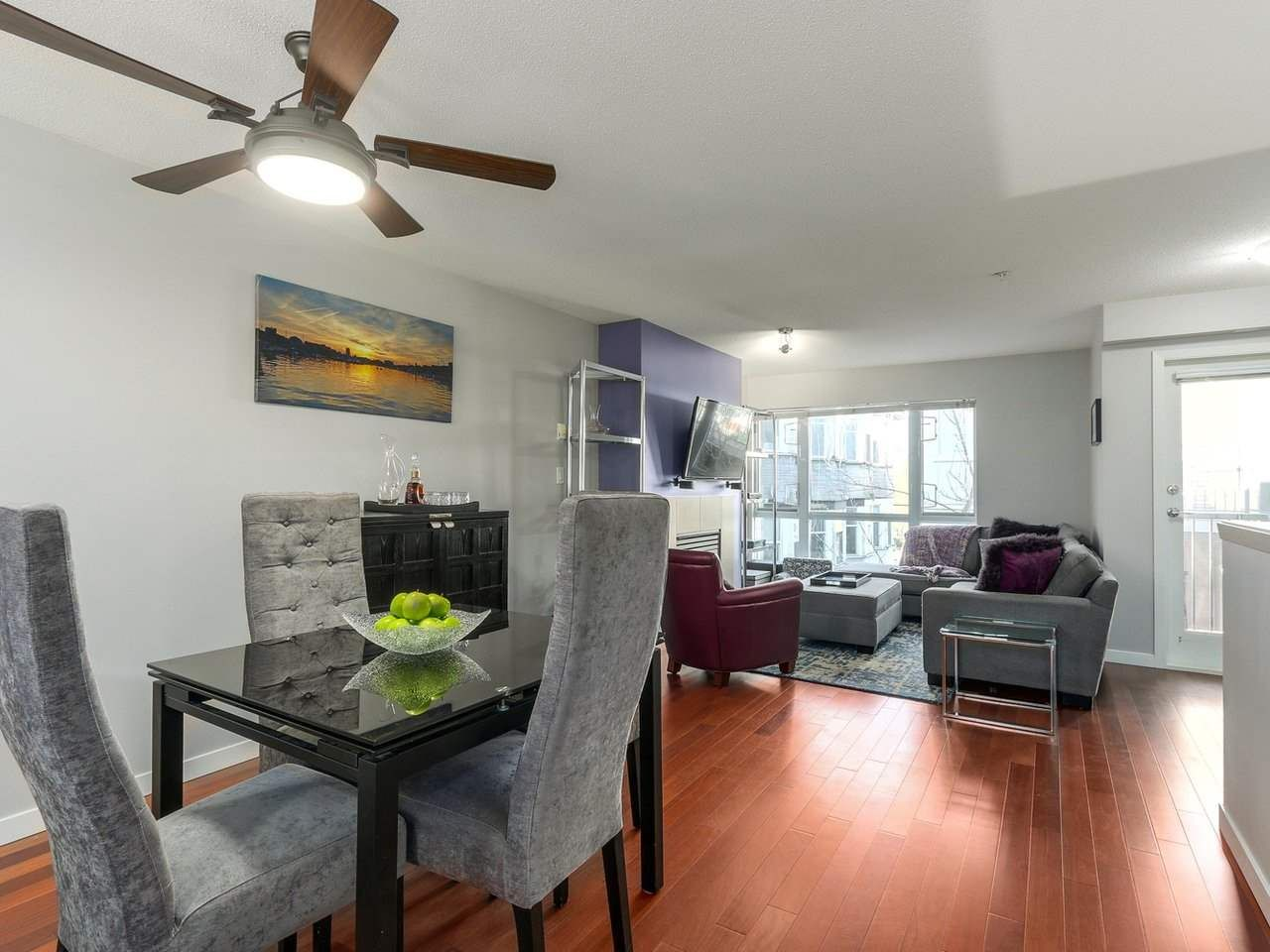 Photo 6: Photos: 119 672 W 6TH AVENUE in Vancouver: Fairview VW Townhouse for sale (Vancouver West)  : MLS®# R2401186