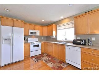 Photo 15: 2259 Millstream Road in Langford: La Thetis Heights House for sale