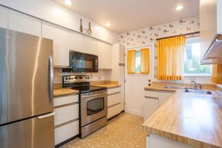 Photo 3: 5550 BALACLAVA Street in Vancouver: Kerrisdale House for sale (Vancouver West)  : MLS®# R2600741