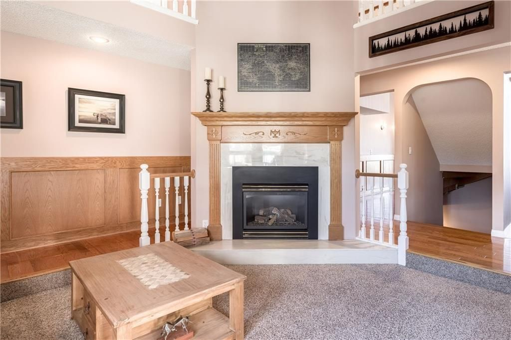 Photo 24: Photos: 248 WOOD VALLEY Bay SW in Calgary: Woodbine Detached for sale : MLS®# C4211183