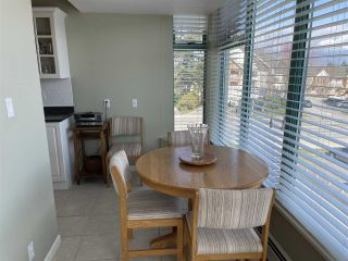 """Photo 3: 303 15466 NORTH BLUFF Road: White Rock Condo for sale in """"THE SUMMIT"""" (South Surrey White Rock)  : MLS®# R2557297"""