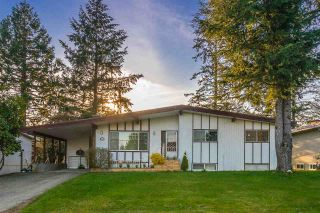 Photo 1: 2741 SUNNYSIDE Street in Abbotsford: Abbotsford West House for sale : MLS®# R2153365