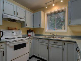 Photo 11: 2925 Julieann Pl in : La Goldstream House for sale (Langford)  : MLS®# 888283