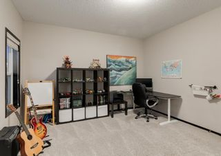Photo 15: 69 ELGIN MEADOWS Link SE in Calgary: McKenzie Towne Detached for sale : MLS®# A1098607