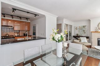 """Photo 10: 805 1077 MARINASIDE Crescent in Vancouver: Yaletown Condo for sale in """"MARINASIDE RESORT RESIDENCES"""" (Vancouver West)  : MLS®# R2582229"""