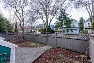 Photo 5: 524 E 12TH Avenue in Vancouver: Mount Pleasant VE House for sale (Vancouver East)  : MLS®# R2235406