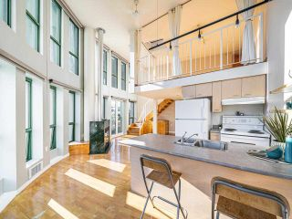 """Photo 8: 503 1 E CORDOVA Street in Vancouver: Downtown VE Condo for sale in """"CARRALL STATION"""" (Vancouver East)  : MLS®# R2583690"""