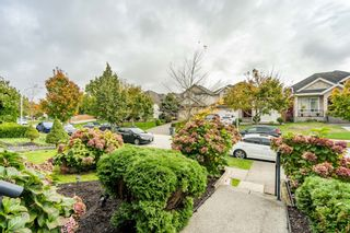 Photo 4: 6637 127 Street in Surrey: West Newton House for sale : MLS®# R2511091