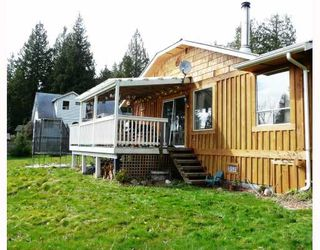 """Photo 7: 91 CLARK Road in Gibsons: Gibsons & Area House for sale in """"SUNNYSIDE"""" (Sunshine Coast)  : MLS®# V761169"""