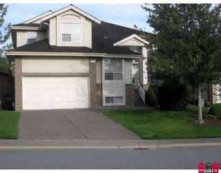 """Photo 1: 8256 153RD Street in Surrey: Fleetwood Tynehead House for sale in """"South View"""" : MLS®# F2833751"""
