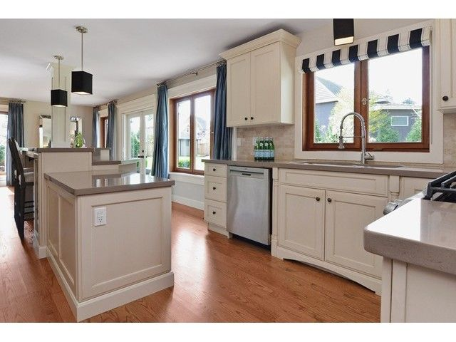 Photo 6: Photos: 5931 156TH ST in Surrey: Sullivan Station House for sale : MLS®# F1437782