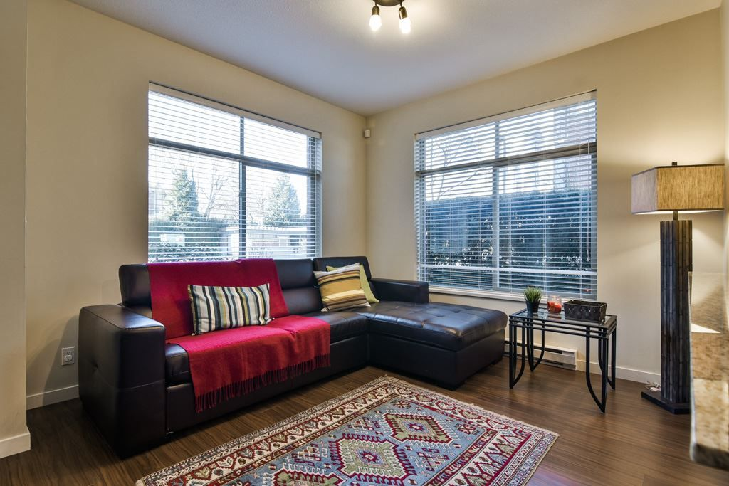 """Photo 8: Photos: 115 10455 UNIVERSITY Drive in Surrey: Whalley Condo for sale in """"D'Corize"""" (North Surrey)  : MLS®# R2347944"""