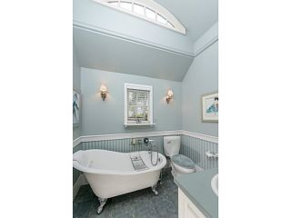 """Photo 14: 4613 BELLEVUE Drive in Vancouver: Point Grey House for sale in """"POINT GREY"""" (Vancouver West)  : MLS®# V1082352"""