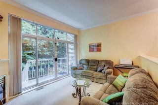 """Photo 3: 8410 CORNERSTONE Street in Vancouver: Champlain Heights Townhouse for sale in """"MARINE WOODS"""" (Vancouver East)  : MLS®# R2178515"""