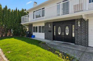Photo 2: 7060 WINCHELSEA Crescent in Richmond: Quilchena RI House for sale : MLS®# R2577616