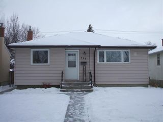 Photo 1: 439 Yale Avenue West in Winnipeg: West Transcona Residential for sale (3L)  : MLS®# 202101290