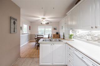 "Photo 6: 52 8675 WALNUT GROVE Drive in Langley: Walnut Grove Townhouse for sale in ""Cedar Creek"" : MLS®# R2572143"