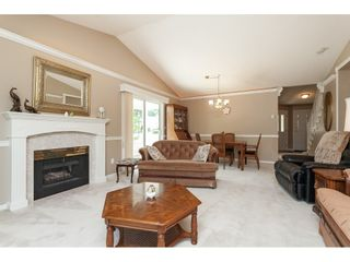 """Photo 10: 77 9208 208 Street in Langley: Walnut Grove Townhouse for sale in """"CHURCHILL PARK"""" : MLS®# R2488102"""
