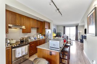 Photo 3: 59 688 EDGAR Avenue in Coquitlam: Coquitlam West Townhouse for sale : MLS®# R2561976