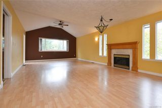 Photo 2: 2384 Fleetwood Crt in : La Florence Lake House for sale (Langford)  : MLS®# 860735