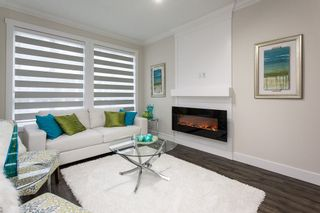 """Photo 4: SL.18 14388 103 Avenue in Surrey: Whalley Townhouse for sale in """"THE VIRTUE"""" (North Surrey)  : MLS®# R2053562"""