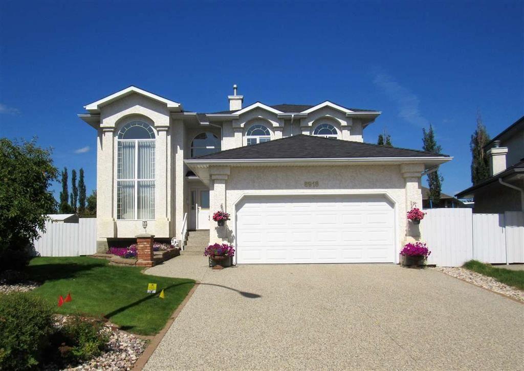 Main Photo: 8918 159A Avenue in Edmonton: Zone 28 Attached Home for sale : MLS®# E4228957