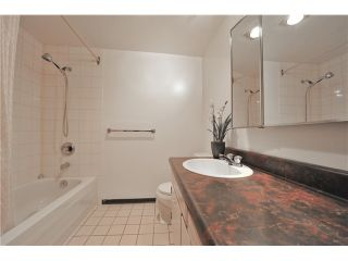 "Photo 12: 104 621 E 6TH Avenue in Vancouver: Mount Pleasant VE Condo for sale in ""FAIRMONT PLACE"" (Vancouver East)  : MLS®# V1077176"
