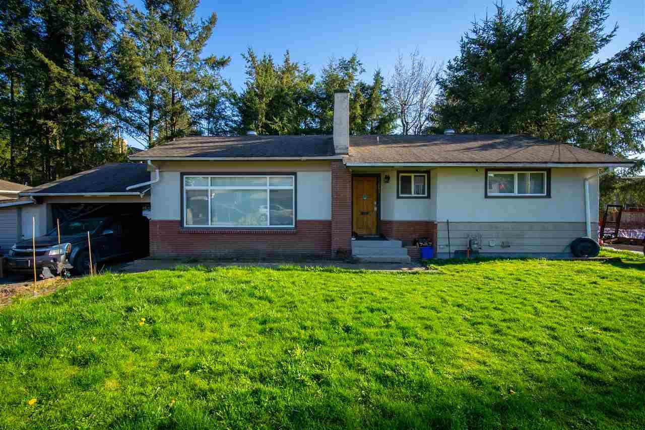 Main Photo: 33654 MAYFAIR Avenue in Abbotsford: Central Abbotsford House for sale : MLS®# R2569728