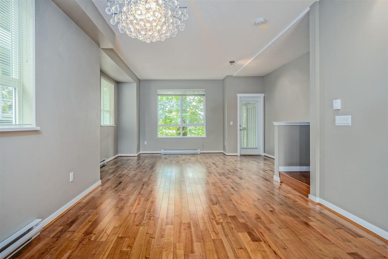 "Photo 3: Photos: 170 2729 158 Street in Surrey: Grandview Surrey Townhouse for sale in ""Kaledan"" (South Surrey White Rock)  : MLS®# R2504505"