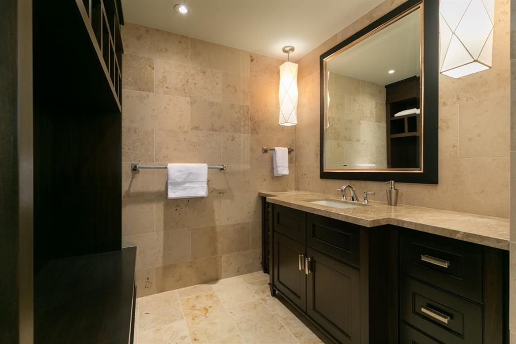 Photo 43: Photos: 1420 Beverley Place SW in Calgary: Bel-Aire Detached for sale : MLS®# A1060007