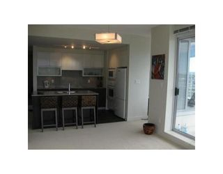 Photo 8: # 1104 175 W 2ND ST in North Vancouver: Condo for sale : MLS®# V826929