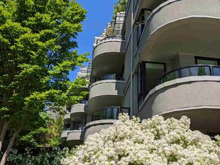 Photo 2: 303 1330 JERVIS Street in Vancouver: West End VW Condo for sale (Vancouver West)  : MLS®# R2580487