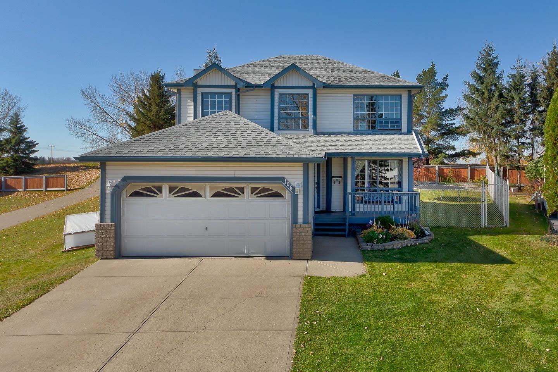 Main Photo: 106 HIGHWOOD Close: Devon House for sale : MLS®# E4266165