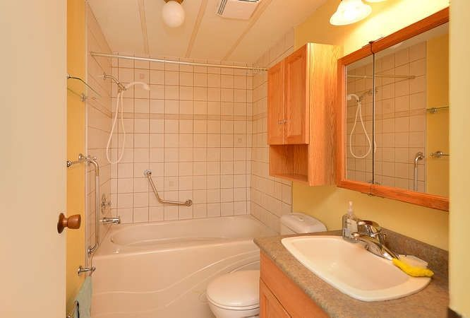 Photo 14: Photos: 221 SECOND Street in Gibsons: Gibsons & Area House for sale (Sunshine Coast)  : MLS®# R2259750