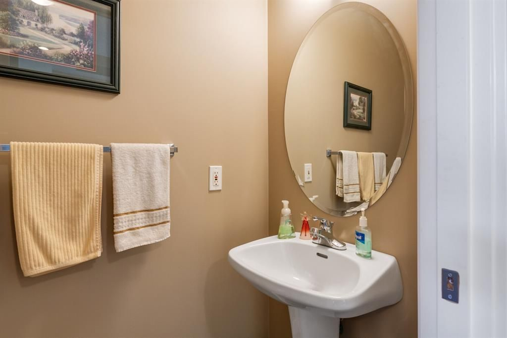 Photo 17: Photos: 3 Tuscany Glen Place NW in Calgary: Tuscany Detached for sale : MLS®# A1091362