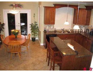 """Photo 3: 21620 93RD Avenue in Langley: Walnut Grove House for sale in """"Redwoods Estates"""" : MLS®# F2707802"""