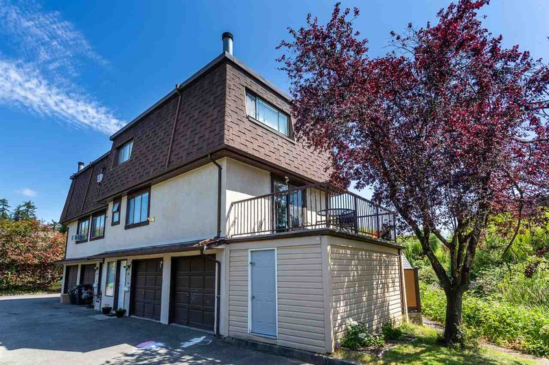 FEATURED LISTING: 33 - 27125 31A Avenue Langley