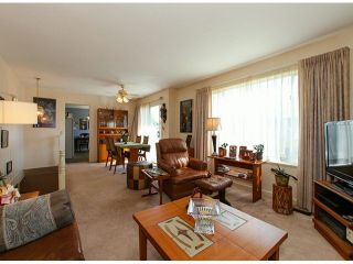 Photo 4: 4621 54A Street in Ladner: Delta Manor House for sale : MLS®# V1053819