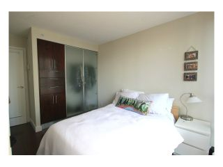 "Photo 8: 1007 950 CAMBIE Street in Vancouver: Downtown VW Condo for sale in ""PACIFIC PLACE - LANDMARK"" (Vancouver West)  : MLS®# V874261"