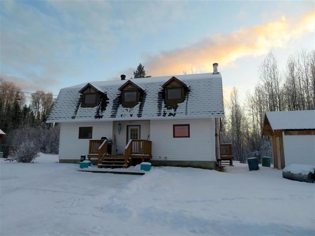 Photo 2: Photos: MILE 283 97 (ALASKA) Highway in Fort Nelson: Fort Nelson - Rural House for sale (Fort Nelson (Zone 64))  : MLS®# R2275782