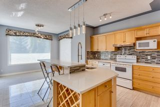 Photo 13: 132 Cresthaven Place SW in Calgary: Crestmont Detached for sale : MLS®# A1121487