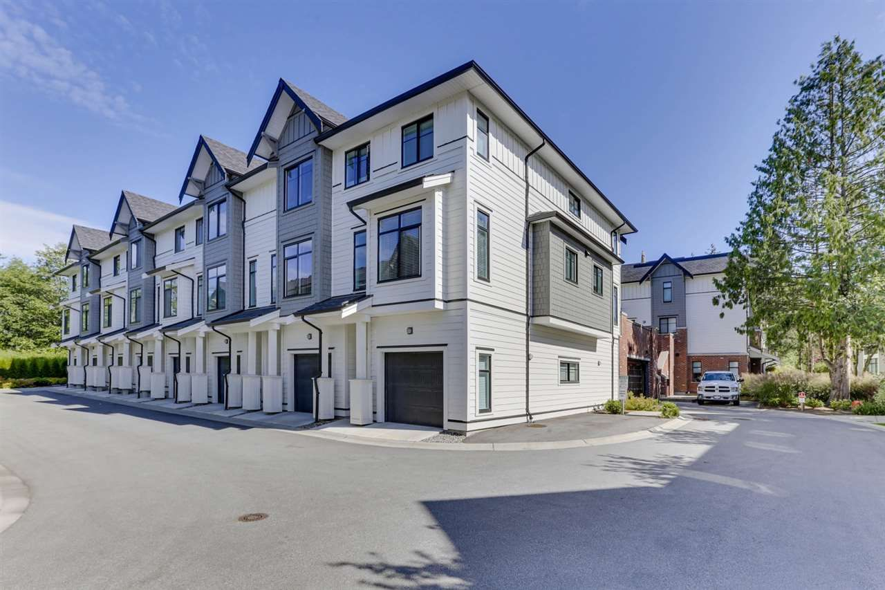 Main Photo: 8 16518 24A AVENUE in Surrey: Grandview Surrey Townhouse for sale (South Surrey White Rock)  : MLS®# R2471311