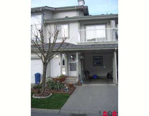 "Main Photo: 8892 208TH Street in Langley: Walnut Grove Townhouse for sale in ""HUNTERS RUN"" : MLS®# F2705716"