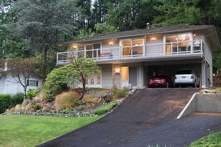 Photo 1: 5657 WESTHAVEN RD in West Vancouver: Eagle Harbour House for sale : MLS®# V1035586