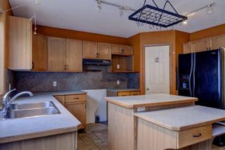 Photo 11: 110 INVERNESS Lane SE in Calgary: McKenzie Towne Detached for sale : MLS®# C4219490