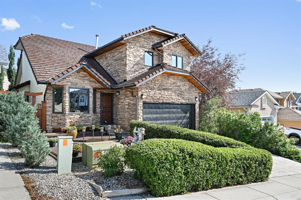 Main Photo: 139 Christie Park Hill SW in Calgary: Christie Park Detached for sale : MLS®# A1128424