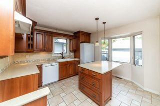 Photo 9: 180 LAROSE Drive: St. Albert House for sale : MLS®# E4262272